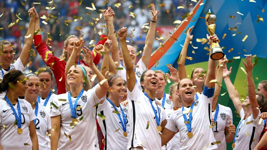 usa-woman-soccer-team-winners-2015-world-cup