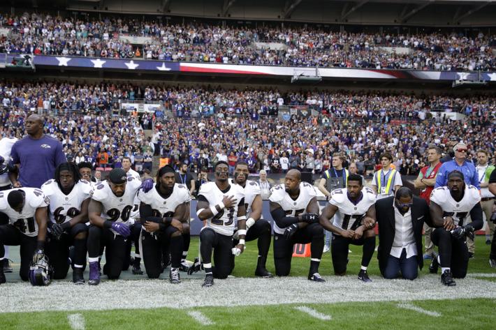 24-nfl-ravens-jaguars-anthem-protest-w710-h473