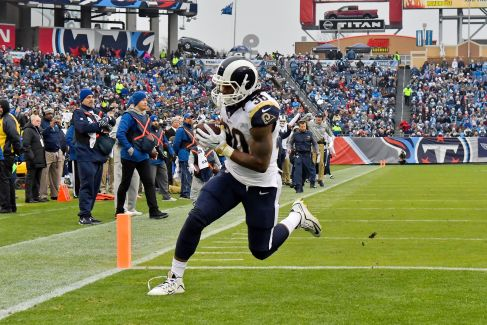 636497379065498765-todd-gurley-1