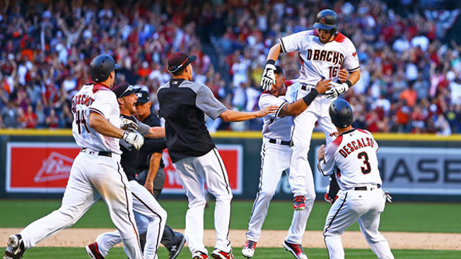 usa-diamondbacks-celebrate-opening-day